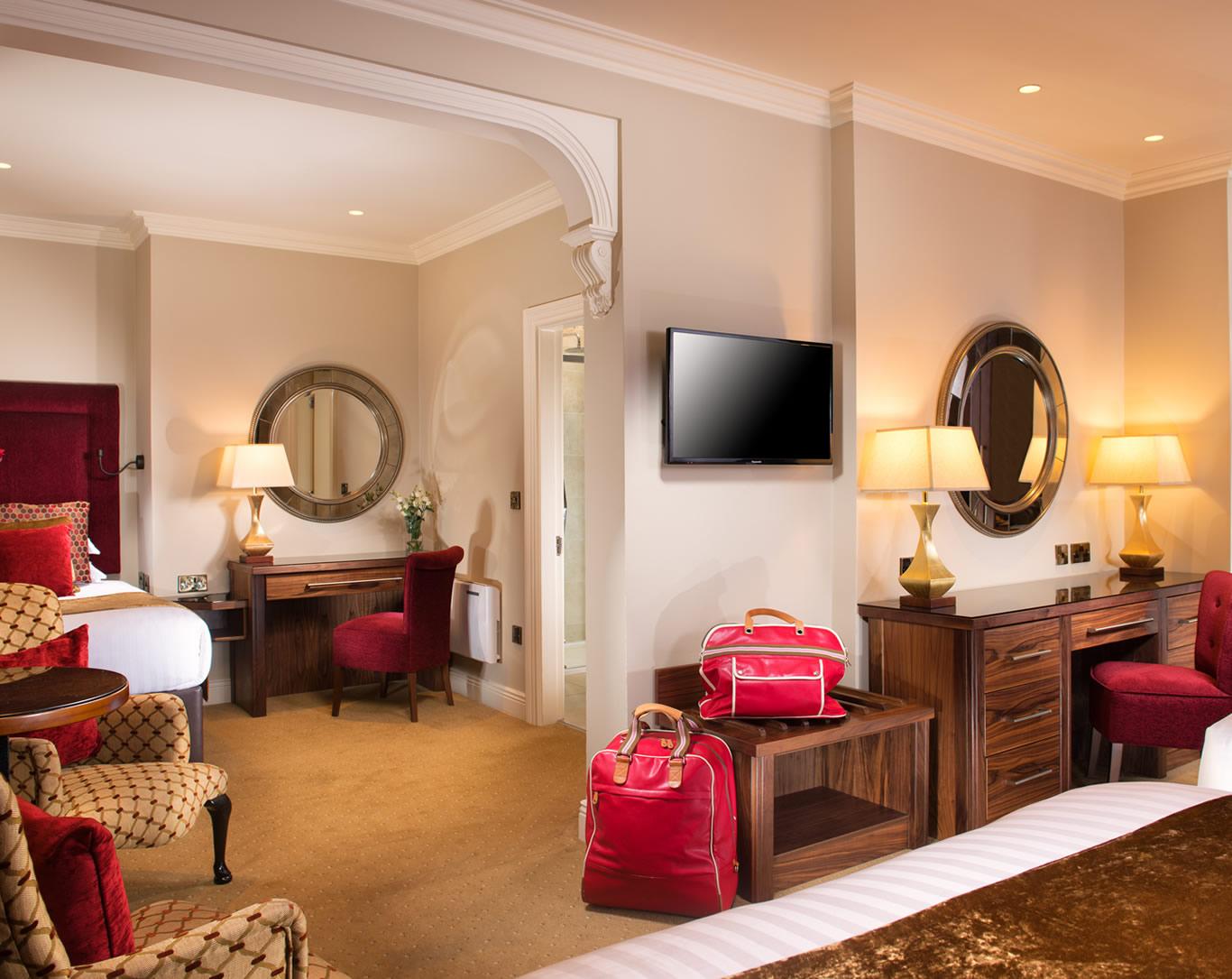 48-2-opt | Executive Rooms